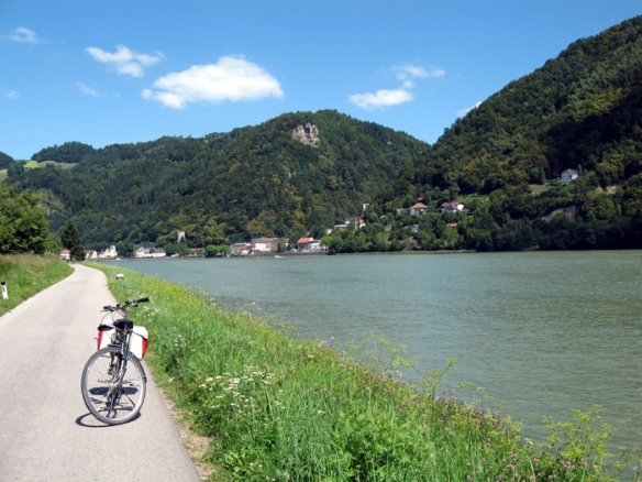 Sad to say goodbye to the beautiful village of Grein