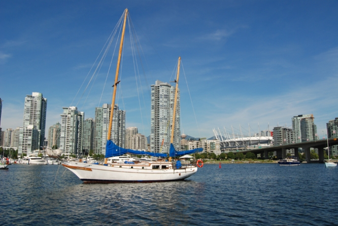 Boating on False Creek