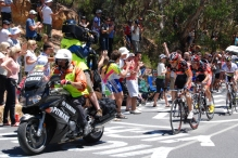 Watching the Tour Down Under in the Adelaide Hills